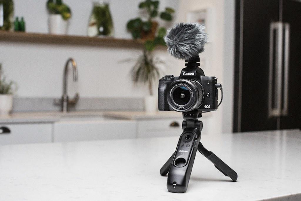 Canon Eos M50 Mark II treppiede