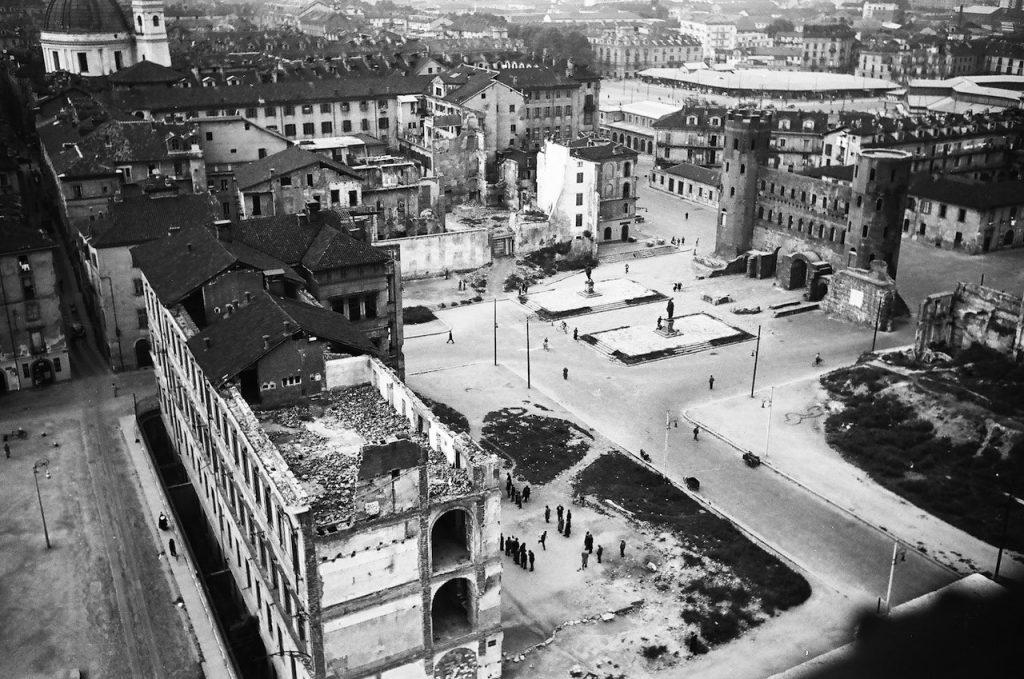 roberto gabetti torino ricotruzione dell'area della Porta Palatina 1951
