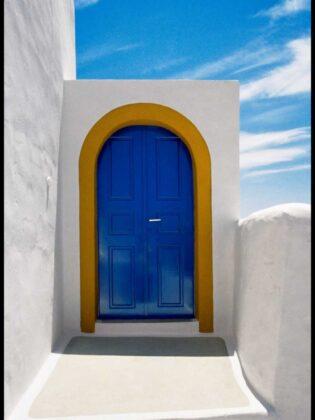 Porta sul cielo Santorini 1986 Elio Ciol