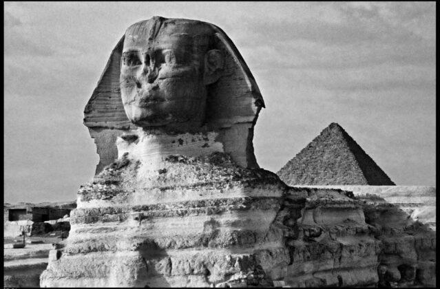 Sfinge necropoli di Giza 1980 Elio Ciol