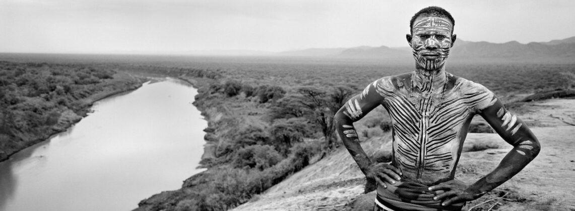 Richard de Tscharner mostra Todi Peinture sur corps Etiopia