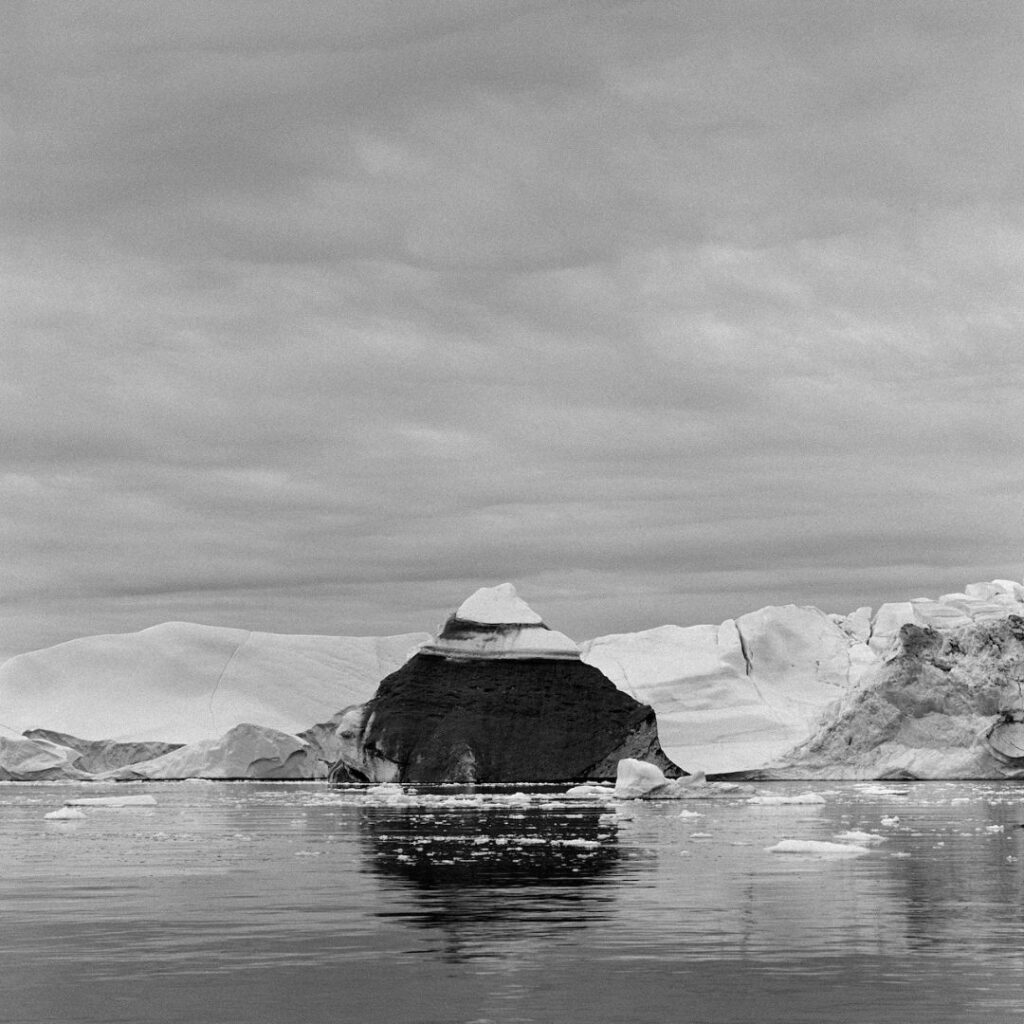 Richard de Tscharner mostra Todi Pyramide froide Groenlandia 2010