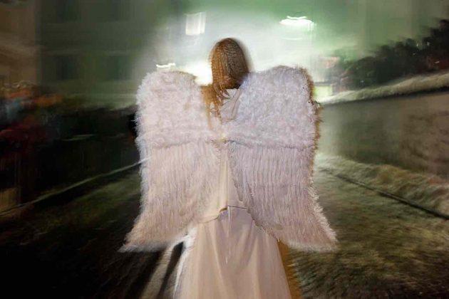Trentino Dobbiaco angelo corteo Krampus