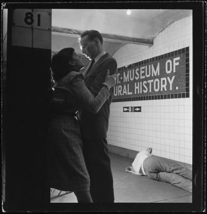 Life and Love on the New York City Subway © Museum of the City of New York and Stanley Kubrick Film Archives